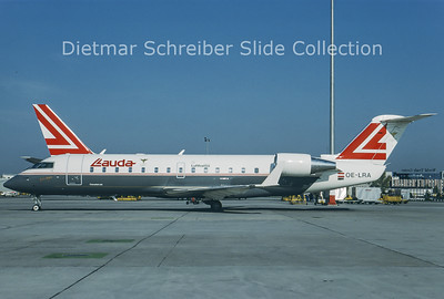 1995-04 OE-LRA Bombardier Regionaljet 100LR (c/n 7032) Lauda Air