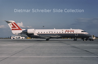 1994-09 OE-LRA Bombardier Regionaljet 100LR (c/n 7032) Lauda Air