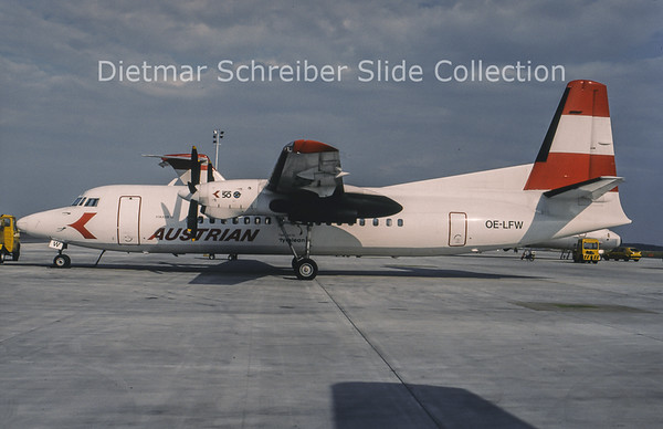 1994-07 OE-LFW Fokker 50 Tyrolean Airways