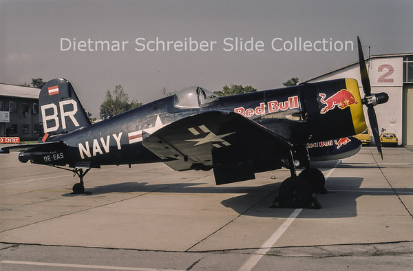 1994-09 OE-EAS Vought F4U-4 Corsair (c/n 96995) Flying Bulls