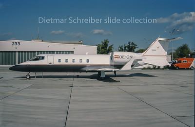 1994-11 OE-GNL Learjet 60 Lauda Air