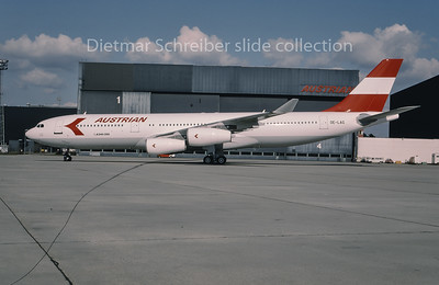 1995-03 OE-LAG Airbus A340-200 Austrian Airlines