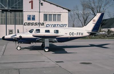 1995-03 OE-FFH Piper 31 Cheyenne