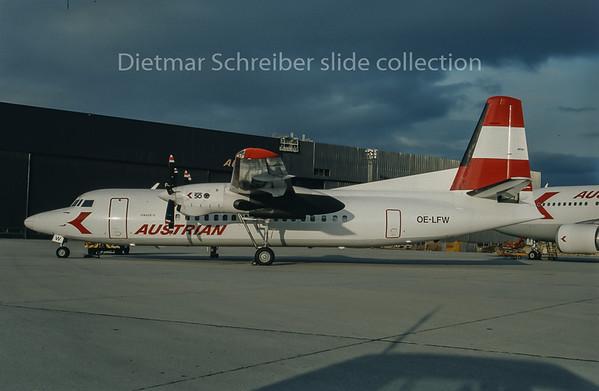1993-04 OE-LFW Fokker 50 Austrian Air Service; Austrian Airlines