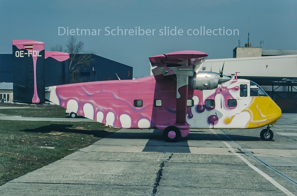 1993-04 OE-FDL Shorts SC7 Skyvan Pink Aviation Service