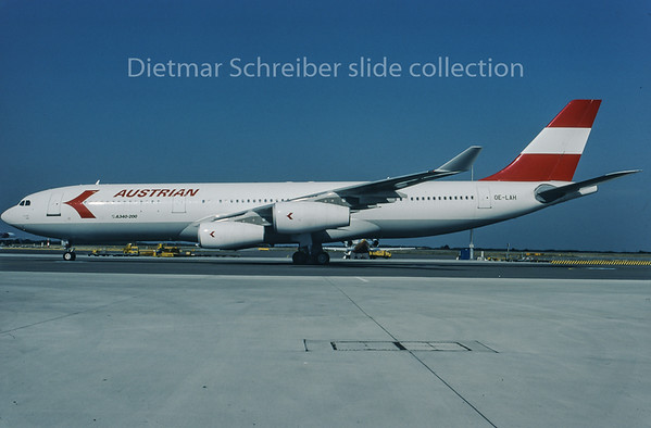 1995-09 OE-LAH Airbus A340-200 Austrian Airlines