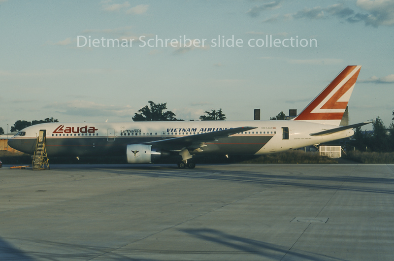 1995-10 OE-LAU Boeing 767-300 Lauda Air / Vietnam Airlines