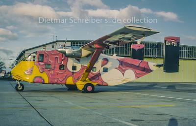 1995-11 OE-FDI Shorts SC7 Skyvan Pink Aviation Service