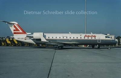 1995-11 OE-LRC Canadair Regionaljet 100 Lauda Air