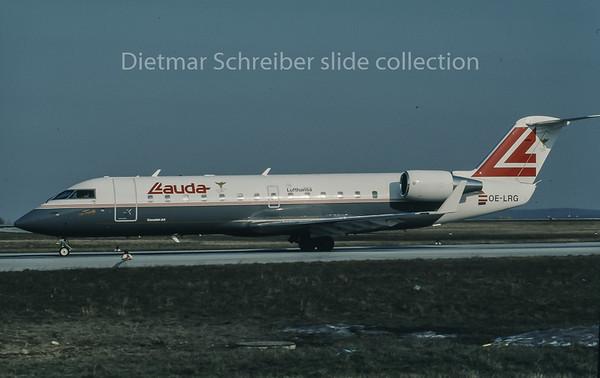 1996-04 OE-LRG Canadair Regionaljet 100 Lauda Air