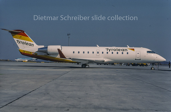 1996-04 OE-LCH Canadair Regionaljet 200 Tyrolean Airways