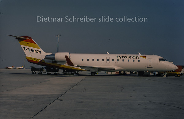 1996-04 OE-LCF Canadair Regionaljet 200 Tyrolean Airways