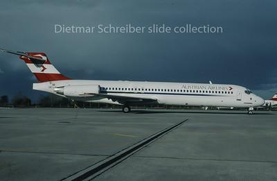 1996-11 OE-LMN MDD MD87 Austrian Airlines
