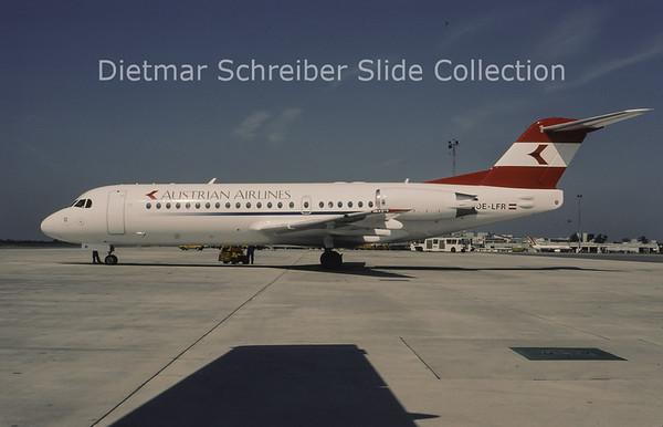 1996-05 OE-LFR Fokker F28-0070 (Fokker 70) (c/n 11572) Austrian Airlines