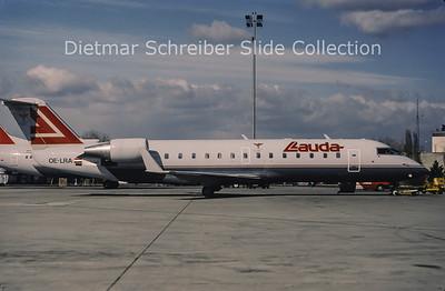 1998-03 OE-LRA Canadair Regionaljet 200 Lauda Air