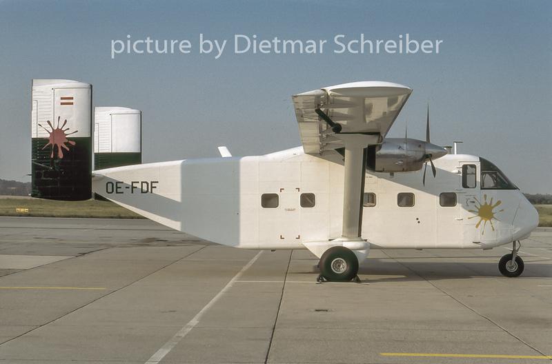 1996-07 OE-FDF Shorts SC7 Skyvan Pink Aviation Service