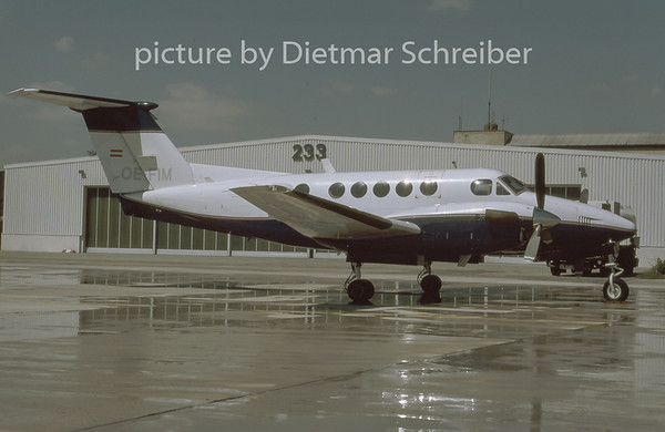 1996-07 OE-FIM Beech 200 King Air Grossmann Air Service