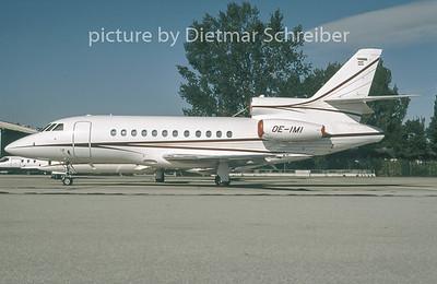 1996-10 OE-IMI Dassault Falcon 900 Magna Air