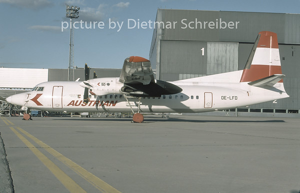 1996-11 OE-LFD Fokker 50 Tyrolean Airways
