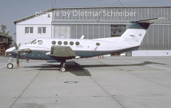 1996-10 OE-FIM Beech 200 King Air Grossmann Air Service
