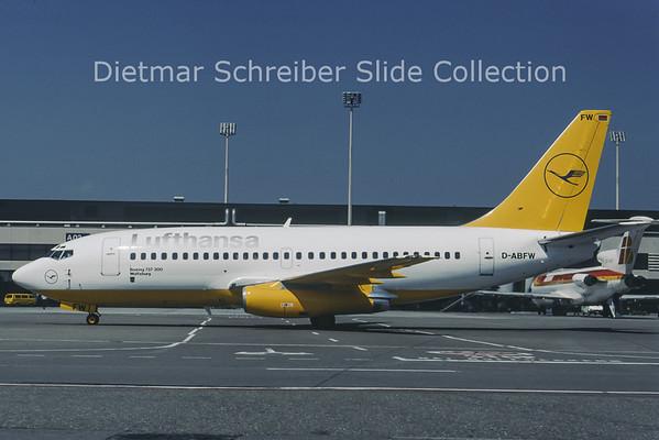 1988-08 D-ABFW Boeing 737-200 Lufthansa