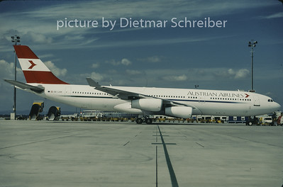 1997-09 OE-LAH Airbus A340-200 Austrian Airlines