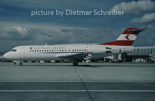1998-03 OE-LFT Fokker 70 Austrian Airlines
