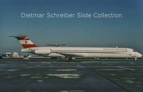 2004-02 OE-LMD MDD MD83 (c/n 49933) Austrian Airlines