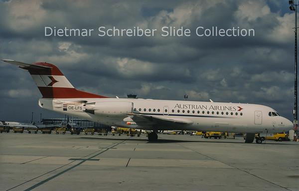 1998-10 OE-LFS Fokker F28-0070 (Fokker 70) (c/n 11528) Austrian Airlines