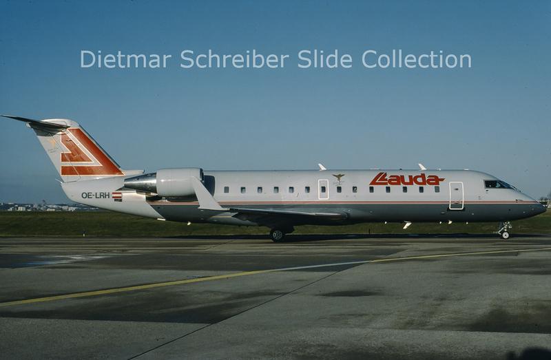 1998-12 OE-LRH Bombardier Regionaljet 100LR (c/n 7125) Lauda Air