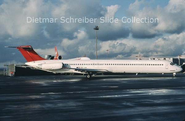 1999-12-15 OE-LDX MDD MD80 Austrian Airlines