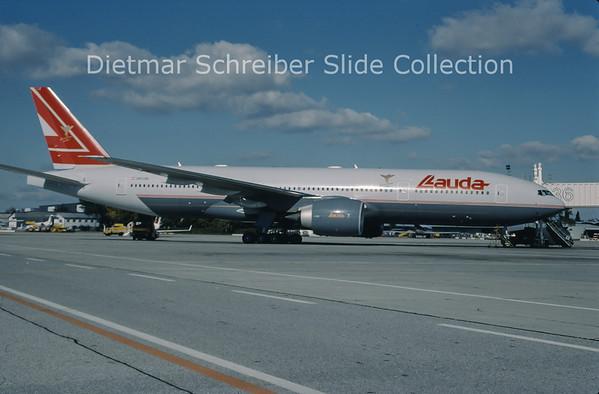 1999-10 OE-LPA Boeing 777-200 Lauda Air