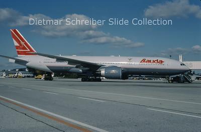 1999-10 OE-LPA Boeing 777-2Z9ER (c/n 28698) Lauda Air