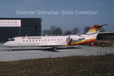 2000-04 OE-LCO Bombardier Regionaljet 200LR (c/n 7371) Tyrolean Airways