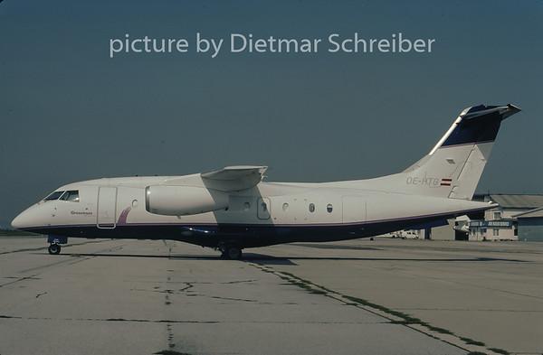 2001-08 OE-HTG Dornier 328 Grossmann Air Service