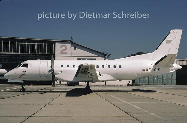 2001-08 OE-GIF Saab 340 Bach Air
