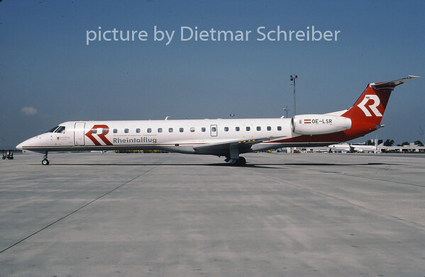 2001-08 OE-LSR Embraer 145 Rheintalflug