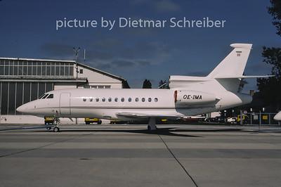 2001-10 OE-IMA Dassault Falcon 900 Jet Alliance