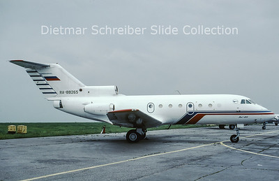 1999-08 RA-88265 Yakovlev 40 LRI