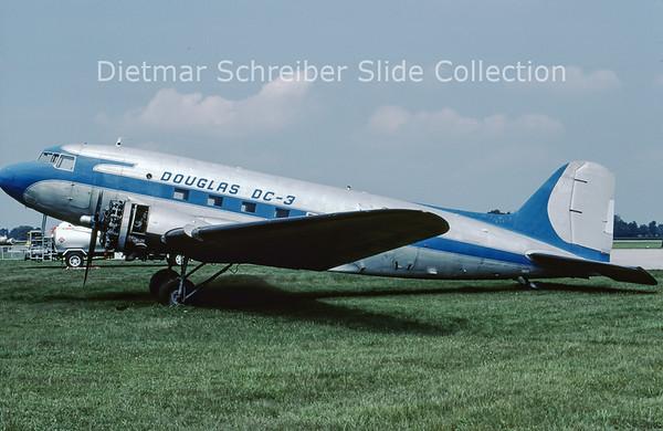 2001-09 N45366 Douglas DC3
