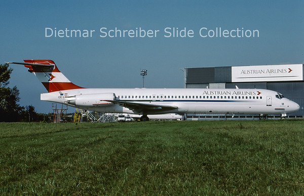 2001-10 OE-LMO MDD MD87 Austrian Airlines