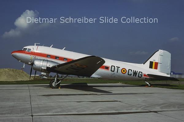 1998-11 N49AG Douglas DC3