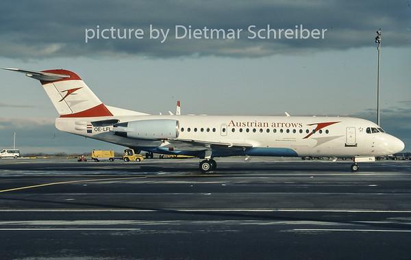 2007-01 OE-LFL Fokker 70 Austrian Arrows