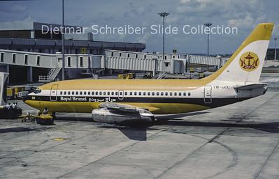 V8-UEC Boeing 737-2M6 (c/n 21138) Royal Brunei