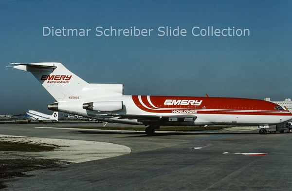1986-06 N358QS Boeing 727-100 Emery Worldwide