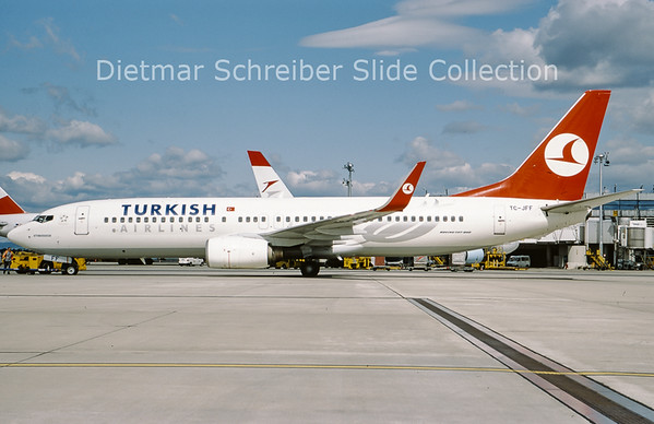 2009-07 TC-JFF Boeing 737-800 Turkish AIrlines