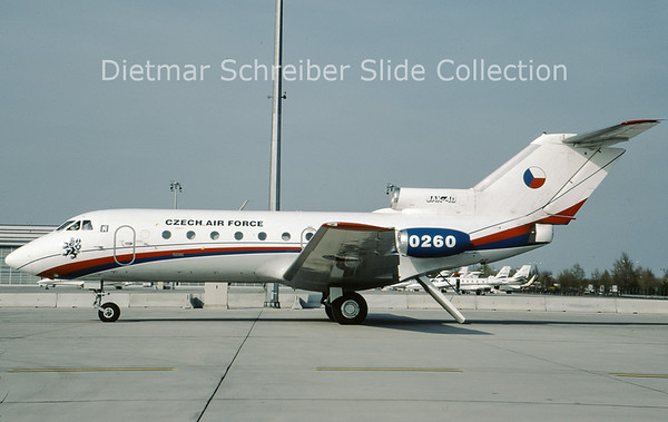 2009-04 0260 Yakovlev 40 Czech Air Force