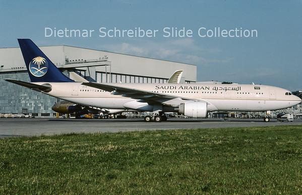 2009-07 I-EEZB Airbus A330-200 Saudia