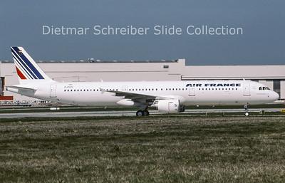2009-05 D-AVZU Airbus A321 Air France