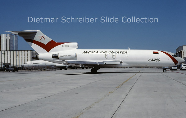 2000-05 D2-FCK Boeing 727-100 Angola Air Charter